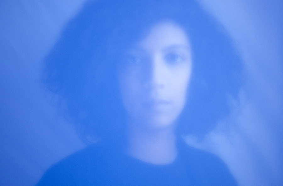 Léonie Pernet - »Crave«